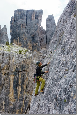 Phil climbing in the Cinque Torre (Dolomitten ohne Grenzen 2019)