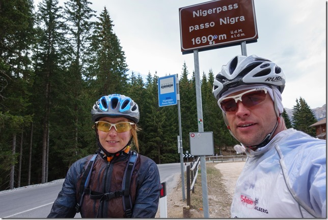 Us at Nigerpass (Cycling in the dolomites April 2017)