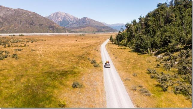Driving off to Arthurs Pass (Ari visits 2020)