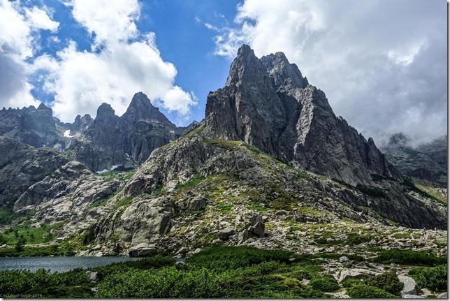 Mountains behind the lake (Corsica 2014)