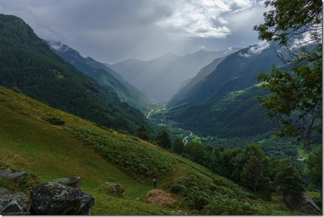 Walking up into the hills (Walks in Ticino Sept 2018)