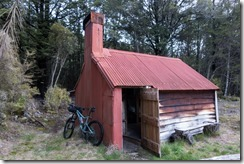 The Waingaro Forks hut (MTB Kill Devil Track Aug 2020)
