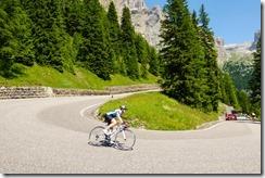 Leonie descending (Giro delle Dolomiti 2019)