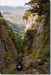 Climbing down (Climbing Löwenzähne Sept 2017)